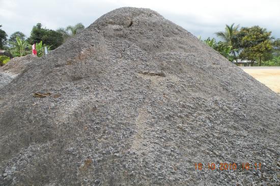 Mączka podsypka zasypka granitowa. Mikroelementy i pierwiastki śladowe